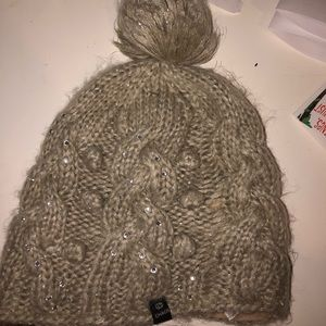 Accessories - chaos winter hat